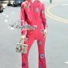 เสื้อผ้าเกาหลีพร้อมส่ง Gucci Embroidered Sequin Bomber Jacket Set