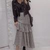 เสื้อผ้าเกาหลีพร้อมส่ง กระโปรงตัวนี้สวยมากๆคร่า แต่งเฉียงสั้นข้างยาวข้าง