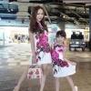 ชุดเดรสเกาหลีพร้อมส่ง Dress คอกลมแขนกุด เนื้อผ้ามันเงา