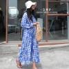 ชุดเดรสเกาหลีพร้อมส่ง Maxi Dress โทนสีฟ้าตัดขาว