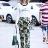 เสื้อผ้าเกาหลีพร้อมส่ง Embroidered Velvet Floral Pants Set