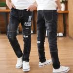 KHP8103.กางเกงยีนส์ขายาวสีดำฟอกขาว ต่อขาสกรีนและปักลาย (กระเป๋าหลอก) ขอบเอวยืด ขนาด 150 เช็คขนาดด้านใน