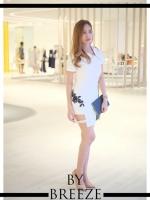 Dressสีขาวเเขนสั้น