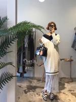 ชุดเดรสเกาหลีพร้อมส่ง เดรสเป็นผ้าknitลายนูน ผ้าดีมาก นิ่ม แน่น