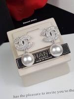 พร้อมส่ง Chanel Earring ต่างหูมุกชาแนลงานเพชรปาเกต