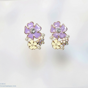 E99039 The Purple & White Blossom ตุ้มหูแฟชั่น