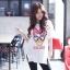 เสื้อผ้าเกาหลี พร้อมส่งเสื้อตัวยาว พิมพ์ลาย Daisy Duck thumbnail 1