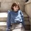 เสื้อผ้าแฟชั่นเกาหลีพร้อมส่ง เสื้อยีนส์แขนยาวผ้านิ่มสวย thumbnail 2