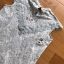เสื้อผ้าเกาหลีพร้อมส่ง เสื้อแขนกุดผ้าลูกไม้สไตล์เบสิก thumbnail 8