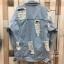 เสื้อผ้าเกาหลีพร้อมส่ง รุ่นนี้ทำมาเอาใจสาวๆที่ชื่นชอบเสื้อยีนส์แบบขาดเยอะๆ thumbnail 4