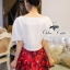 ( พร้อมส่งเสื้อผ้าเกาหลี) เซ็ทเสื้อกับกระโปรงสไตล์แบรนด์เนมค่ะ เสื้อทรงครอปผ้า silk polyester เนื้อไม่บางค่ะ มีซิปด้านข้าง พิมพ์ลายแอปเปิล กระโปรงทรง A ระบายทรงบานออก ผ้าพิมพ์ลายแอปเปิล สีสดชัดเจน thumbnail 9