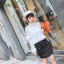 เสื้อผ้าเกาหลีพร้อมส่ง เสื้อลูกไม้ขาวแต่งขนมิ้ง น่ารักมากๆ thumbnail 2
