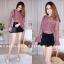 เสื้อผ้าเกาหลีพร้อมส่ง เสื้อลูกไม้งานสวยทรงเป๊ะดีไซน์เก๋ได้ลุคสาวหวานสุดๆค่า thumbnail 4