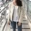 เสื้อผ้าแฟชั่นเกาหลีพร้อมส่ง เสื้อคลุมผ้าทวีต มีมุกติดที่กระเป๋าเสื้อ thumbnail 4