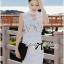 ( พร้อมส่งเสื้อผ้าเกาหลี) เดรสแขนกุดสีขาวตัดแต่งดอกไม้ช่วงอก ใครมองหาชุดปงานแต่งงานหรืองานหรู ขอแนะนำตัวนี้เลยค่ะ งานคัตติ้งดีมาก แพทเทิร์นสวยเป๊ะ ช่วงคอเป็นแบบคอสูง ด้านหน้าเป็นผ้าออร์แกนซ่าประดับดอกไม้เป็นคอวี ตัดต่อช่วงกระโปรงสีขาวเข้ารูป กระโปรงสั้น thumbnail 5