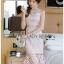 ชุดเดรสเกาหลีพร้อมส่ง เดรสผ้าลูกไม้สีชมพูทรงแขนกุดระบาย thumbnail 3