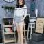 เสื้อผ้าเกาหลีพร้อมส่งเสื้อเชิ้ตแขนยาวต่อผ้ายืดช่วงบน ดีไซน์เปิดไหล่ thumbnail 8