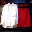 เสื้อผ้าเกาหลี พร้อมส่ง เสื้อเชิ้ตสีขาวใส่แมทซ์ กับกระโปรงเอวสูง มาพร้อมเข็มขัดสีแด thumbnail 5