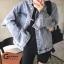 เสื้อผ้าเกาหลีพร้อมส่ง Jacket jean รุ่นขาดศอก ขาดแบบเกร๋ๆ thumbnail 4