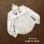 เสื้อผ้าเกาหลีพร้อมส่ง เสื้อแขนยาวสีขาว ช่วงอกเย็บแต่งระบายพร้อมพิมพ์ลายมวยไทย thumbnail 7