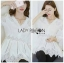 เสื้อผ้าเกาหลีพร้อมส่ง เสื้อยาวผ้าคอตตอนสีขาวตกแต่งลูกไม้สไตล์วินเทจ thumbnail 8