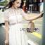 ชุดเดรสเกาหลีพร้อมส่ง เดรสผ้าลูกไม้สีขาวสไตล์แบรนด์ Self-Portrait thumbnail 5