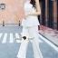 เสื้อผ้าเกาหลีพร้อมส่ง งานสวยหรูลุคสาวไฮคลาส ด้วยจั้มสูทกางเกงมีให้เลือก 3 สี thumbnail 4
