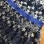 ชุดเดรสเกาหลีพร้อมส่ง เดรสผ้าทูลเลสีน้ำเงินปักลายดอกกุหลาบสีทอง thumbnail 6