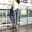 เสื้อผ้าแฟชั่นเกาหลีพร้อมส่ง กางเกงยีนส์ทรงบอยปลายขาตัดขาด thumbnail 6