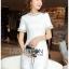 เสื้อผ้าเกาหลีพร้อมส่ง ค็อกเทลเดรสผ้าคอตตอนทวีตสีขาวตกแต่งมุก thumbnail 4