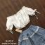 เสื้อผ้าเกาหลีพร้อมส่ง เซ็ตเสื้อเปิดไหล่สีขาว thumbnail 4