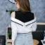 เสื้อผ้าเกาหลีพร้อมส่งเสื้อเชิ้ตแขนยาวต่อผ้ายืดช่วงบน ดีไซน์เปิดไหล่ thumbnail 13