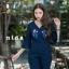 เสื้อผ้าเกาหลีพร้อมส่ง จั้มสูทผ้ายีนส์ฟอกต้องมีเลยตัวนี้เป็นแขนยาวระบายปลายแขน thumbnail 4