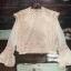 เสื้อผ้าเกาหลีพร้อมส่ง เสื้อลูกไม้ ผ้า silk แต่งเสื้อกั๊กลูกไม้ผูกเอว thumbnail 8