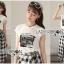 เสื้อผ้าเกาหลี พร้อมส่งเซ็ตเสื้อผ้ายืดสีขาวพิมพ์ลายพร้อมกระโปรงลายสก็อต thumbnail 9