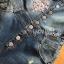 เสื้อผ้าแฟชั่นเกาหลีพร้อมส่ง เซ็ตเสื้อยืดสีขาวทับด้วยเอี๊ยมเดรมิตกแต่งลูกไม้ปักเลื่อม thumbnail 8