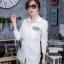 เสื้อผ้าเกาหลีพร้อมส่ง เดรสเชิ้ตแขนยาว กระดุมเรียงสกรีนลาย thumbnail 12