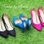 รองเท้าคัทชู CÉLINE Style รองเท้าคัทชูหัวแหลม ทรงสวย ดีเทลหนัง Nubuck อัพดีกรีความเก๋ และดูไฮขึ้นไปอีกด้วยการแต่งอะไหล่ทองดีไซน์หยดนำ้ด้านหลังรองเท้า ด้านข้างดีไซน์เก๋ โฉบเฉี่ยวดุจคลื่นนำ้ ส้นสูงเรียว Wow!!! สวยเวอร์จร่าาา สีสวยสุดดูดี ไฮโซเวอร์ คู่นี้สาว thumbnail 1