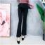เสื้อผ้าเกาหลีพร้อมส่ง กางเกงขานบานสีดำ (Black) ผ้าโพลีเนื้อทิ้งตัวดูแพง thumbnail 1