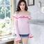 เสื้อผ้าเกาหลีพร้อมส่ง เสื้อปาดไหล่แต่งระบายตัดขอบ thumbnail 6