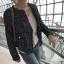 เสื้อผ้าแฟชั่นเกาหลีพร้อมส่ง เสื้อคลุมผ้าทวีต มีมุกติดที่กระเป๋าเสื้อ thumbnail 11