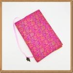 ปกหนังสือผ้าสีบานเย็นลายดอกไม้(มีเสริมฟองน้ำ)