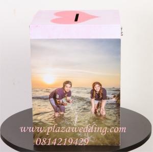 กล่องใส่ซองรูปภาพ แบบ B มีที่ล็อค ขนาด 12x15 นิ้ว
