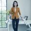 เสื้อสูทแฟชั่น เสื้อสูทสำหรับผู้หญิง พร้อมส่ง สีน้ำตาล คอปก แขนพับสามส่วนลายทางเก๋ หัวไหล่ยกนิดๆ thumbnail 5