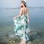 maxi dress สีพื้นขาว สวยมากๆค่ะ ใส่สบาย ลายใบไม้สีเขียว คอวีลึก สายเดี่ยว เอวล็อคผู้เชือกด้านหลัง thumbnail 6