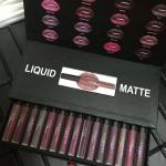 ฮูดะ บิวตี้ เซทลิปสติก เนื้อแมท (Huda Beauty Liquid Matte Set)