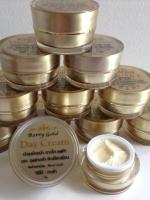 C5802001-1 ผลิตภัณฑ์บำรุงผิวหน้า Berry Gold - Day Cream (เดย์ครีม)