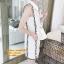 DW6105001 เดรสสีขาวปกเชิ้ตเกาหลีสไตร์ลำลองสบายๆทรงหลวม thumbnail 1