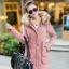 CW5811004 เสื้อโค้ทหญิงตัวยาวมีฮูดแต่งเฟอร์ขน ซิปหน้าผ้าฝ้ายโพลีเอสเตอร์(พร้อมส่ง) thumbnail 4