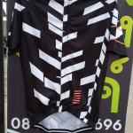 เสื้อปั่นจักรยาน ลายดำขาว